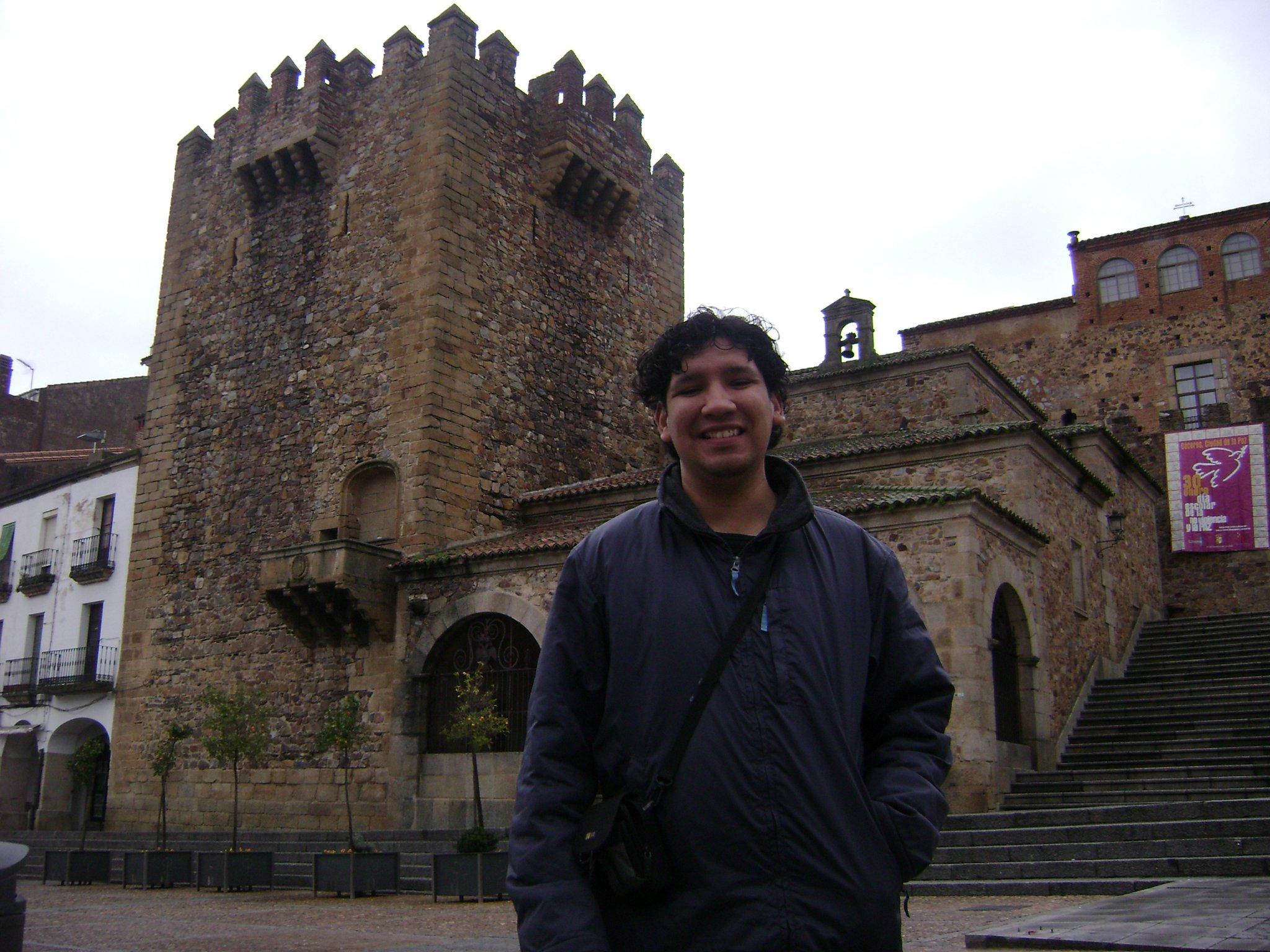 Edmundo V. Pérez Garza